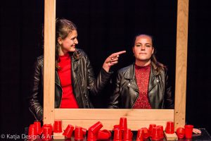 Toneelles of musicalles volg je in Sittard-Geleen natuurlijk bij Pitboel Art School! Wij leren je performen.