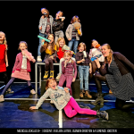 musicallesklas 8+, 2020-2021. Toneelles of musicalles volg je natuurlijk bij Pitboel Art School!